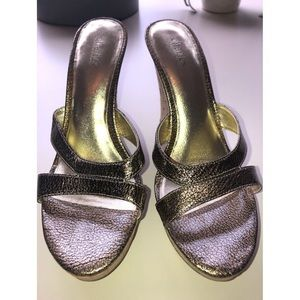 Charles by Charles David- gold wedges